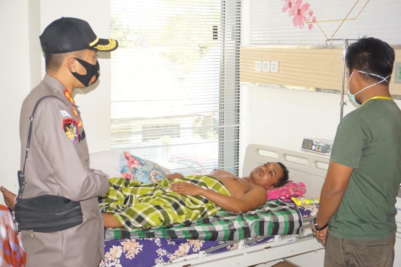 Kapolres Polman Jenguk Anggotanya Yang Sedang Sedang Sakit