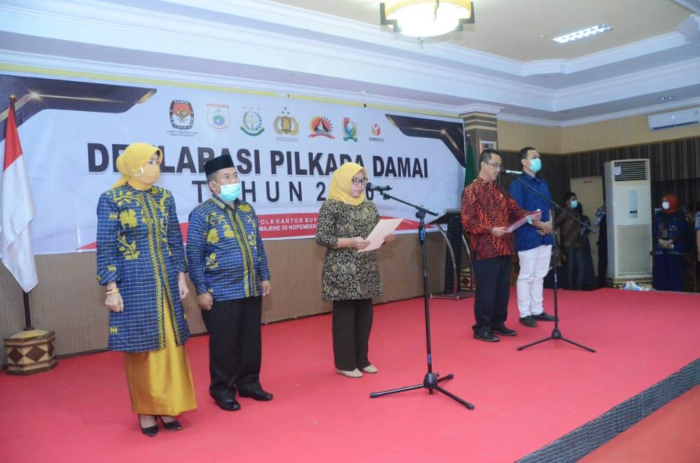 Paslon Bupati Majene dan Wakil Bupati Majene Komitmen Pilkada Damai