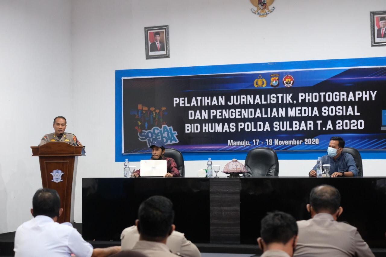 Kembangkan Kemampuan Jurnalistik Personil , Bid Humas Polda Sulbar Gelar Pelatihan