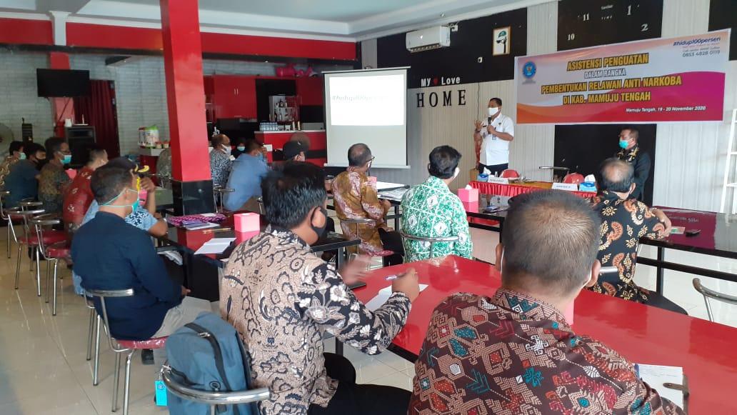 BNNP Sulawesi Barat Ajak Kepala Desa di Mamuju Tengah Menjadi Relawan Anti Narkoba