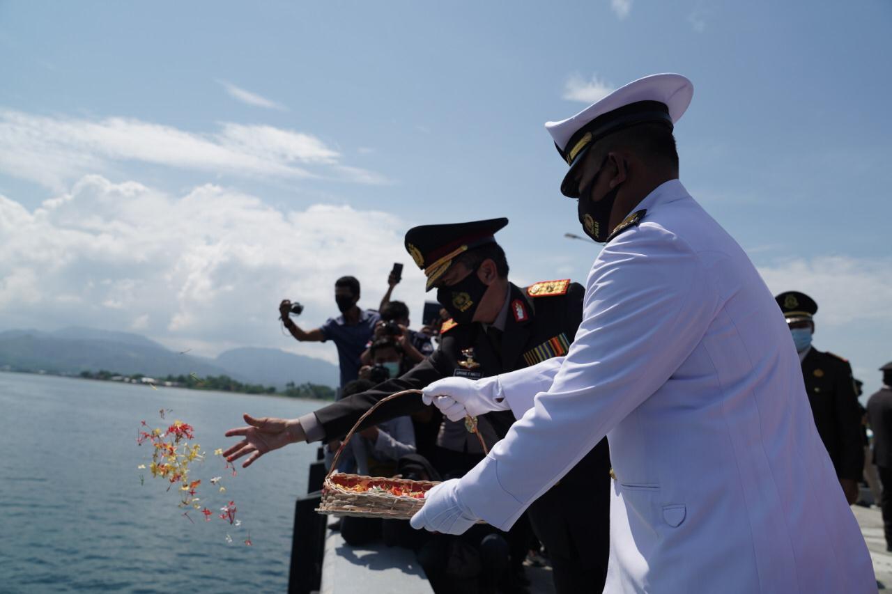 Kapolda Sulbar Irup Upacara Tabur Bunga Hari Pahlawan ke 75