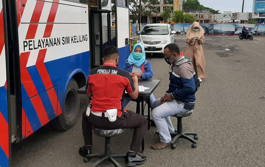 Akhir Pekan, Sat Lantas Polresta Mamuju Buka Layanan SIM Keliling