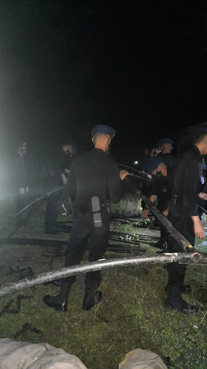 Polisi Dirikan Posko Pengungsian di SMK Kota Tinggi