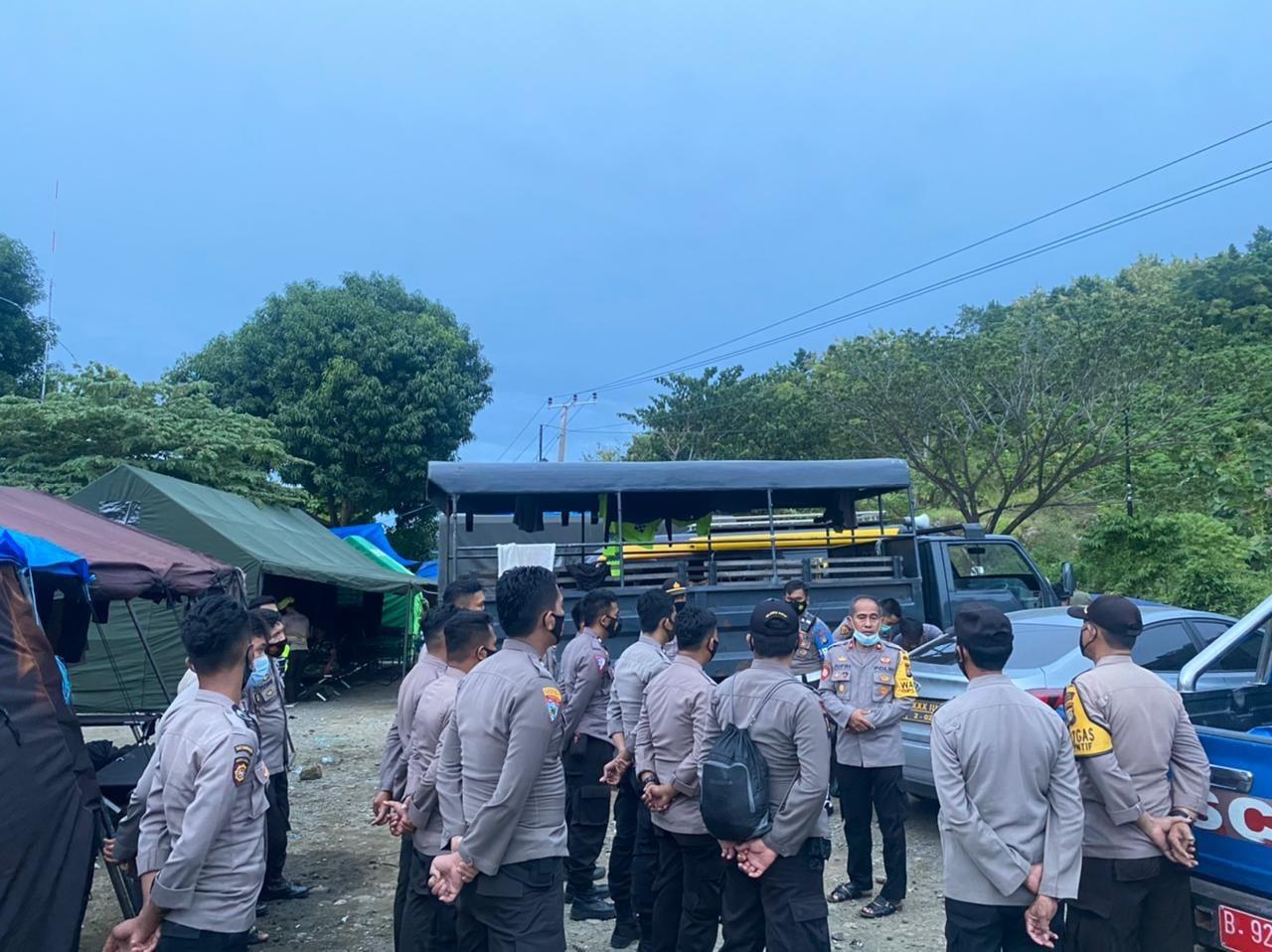 Wakapolres Majene Minta Seluruh Personil Tetap Maksimalkan Pelayanan di Posko