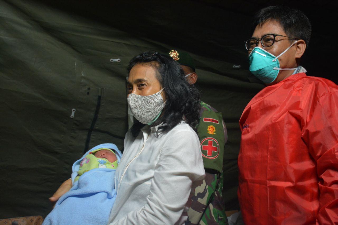 Menteri PPPA Takjub Terhadap Kemandirian Rumah Sakit Lapangan TNI-AD