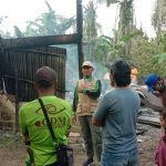 Polsek Topoyo Datangi TKP Kebakaran Rumah Warga