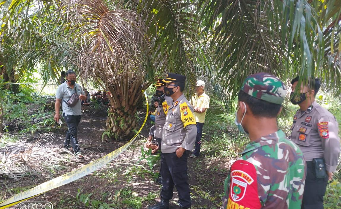 Kapolres Pasangkayu Cek TKP Penemuan Mayat di Desa Malei.