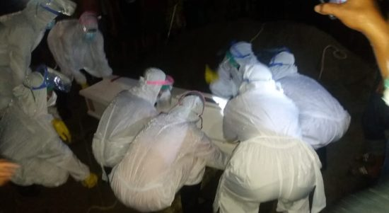 Polres Pasangkayu Amankan Pemakaman Jenazah Reaktif Covid-19 Di Limua.