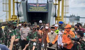 TNI AD Optimal Bantu Warga Terdampak Gempa Bumi di Sulbar