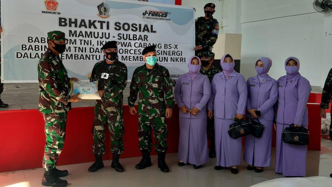 Babinkum TNI Kirim Bantuan ke Sulbar