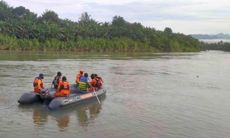 Basarnas Mamuju Belum Juga Menemukan Warga yang Hilang di Sungai Budong-Budong