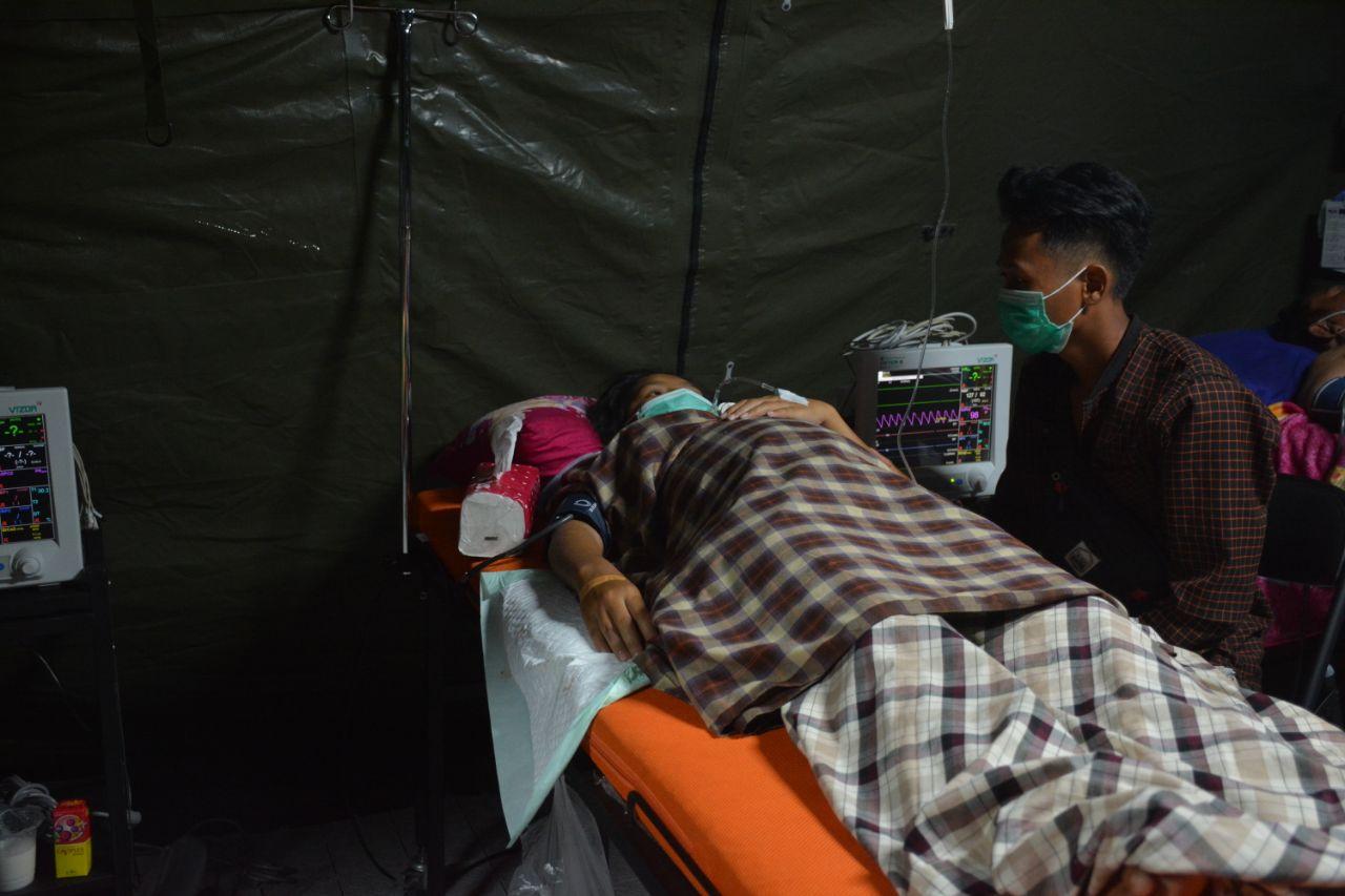 Rani Warga Topore Melahirkan Secara Prematur di RS Lapangan TNI AD