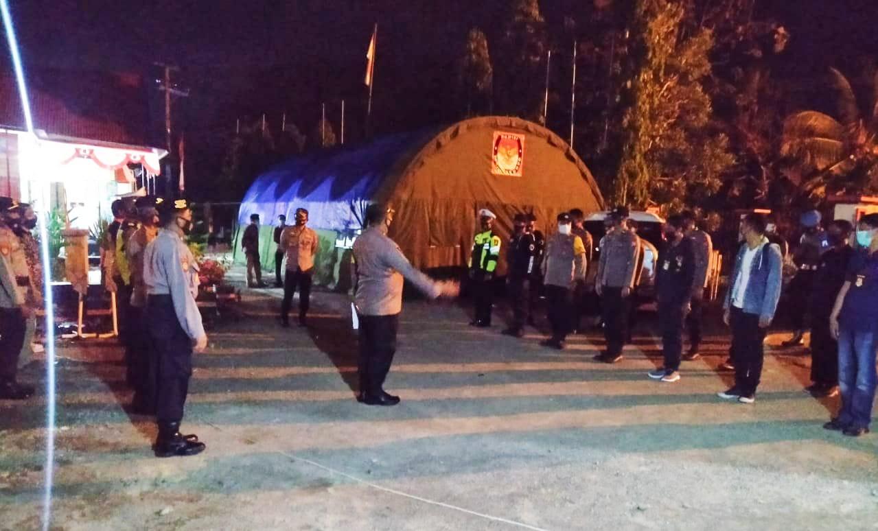 PolresPolresta Mamuju Turunkan Ratusan Personel Pengamanan Rapat Pleno Penetapan Bupati Mamuju