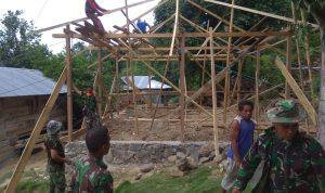 Kodim 1401/Majene Lakukan Bedah Rumah di Desa Awo