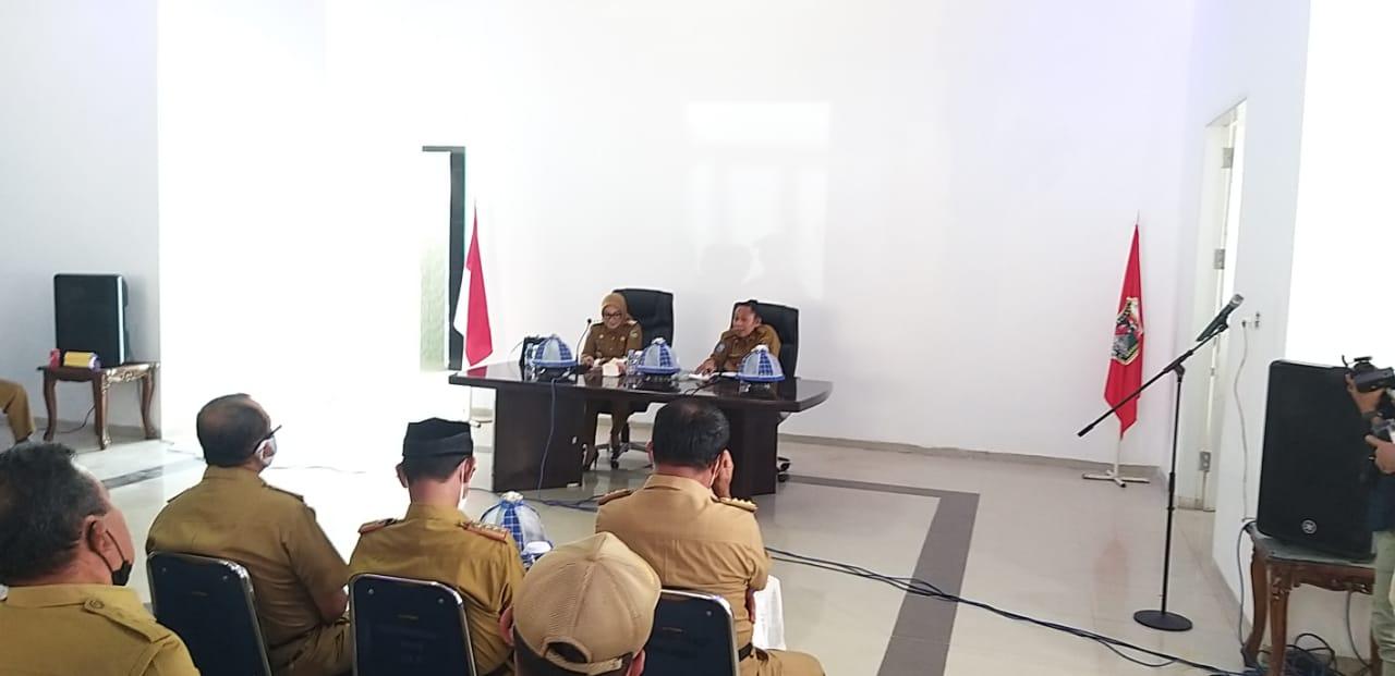 Hari Pertama Kerja, Tina-Ado Kumpulkan Pimpinan OPD