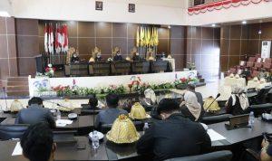 DPRD Mamuju Gelar Paripurna Persetujuan Usulan Ranperda Pelaksanaan Pilkades