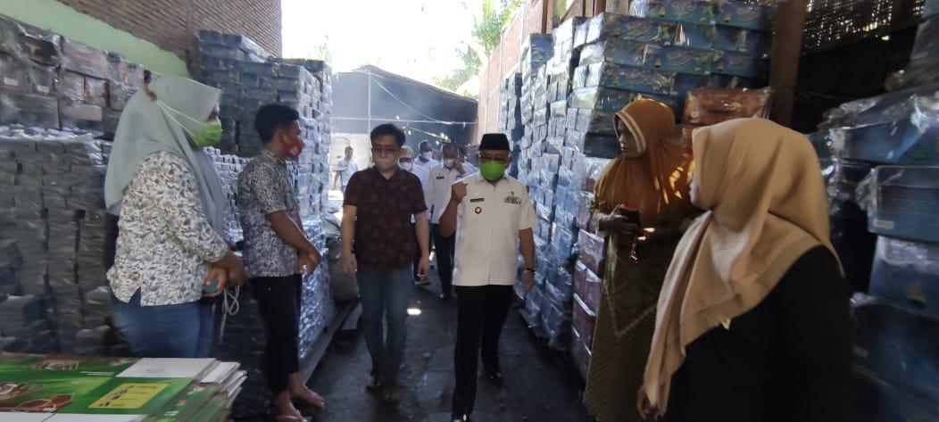 Sudirman, Pemuda Parappe Jadi Exportir Briket ke Tiga Negara