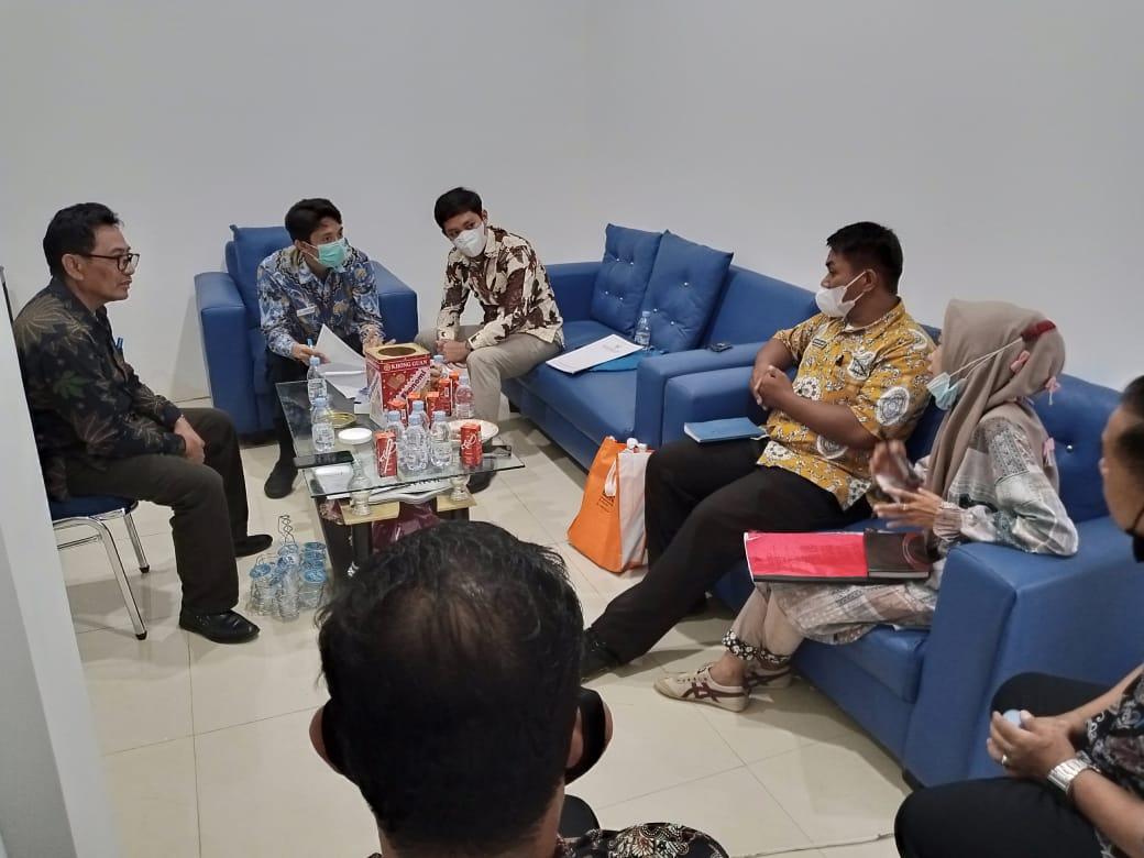 Bahas Masalah Rekomendasi Izin Tambang, Ombudsman Sulbar Berkunjung ke DPM-PTSP Mamuju Tengah