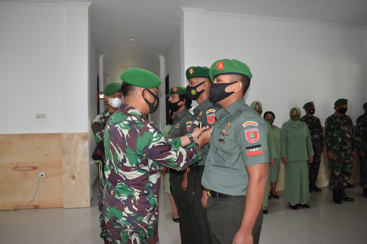 Empat Personel Kodim 1428 Mamasa Naik Pangkat