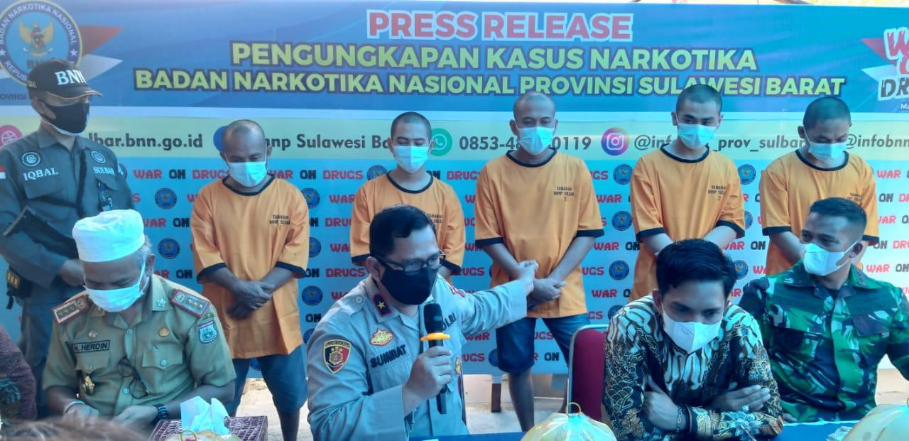 BNNP Sulbar Amankan Lima Orang Tersangka