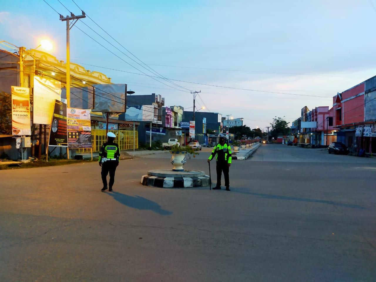 Cegah Aksi Balap Liar, Patmor Dan Sat Lantas Polresta Mamuju Stasioner Hingga Matahari Terbit