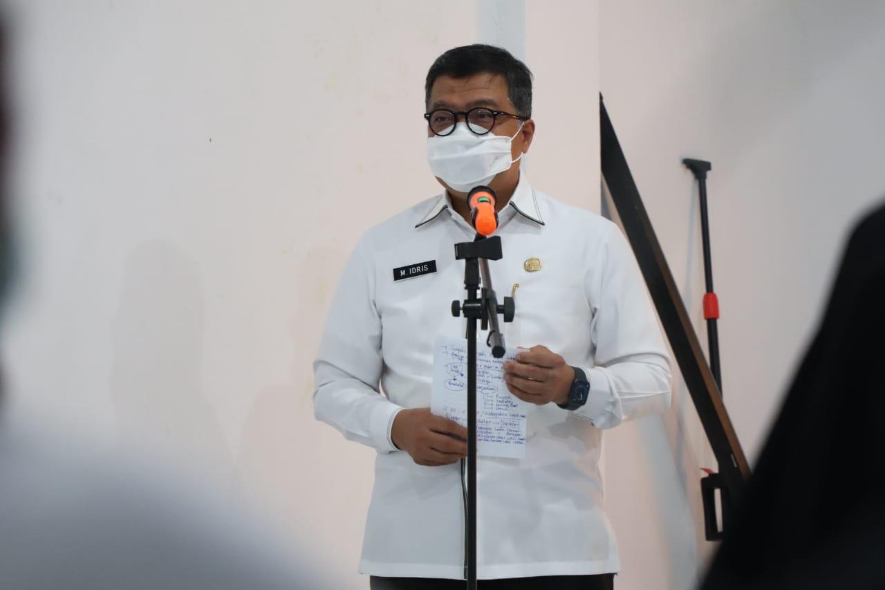 Idris Kukuhkan Pengurus Forum Anak Sulbar