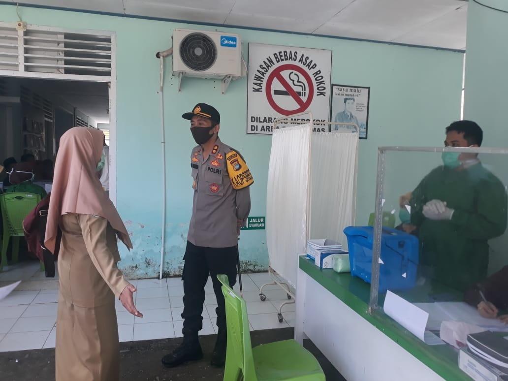 Kapolres Polman Tinjau Pelaksanaan Vaksin Covid-19 Di Puskesmas Binuang