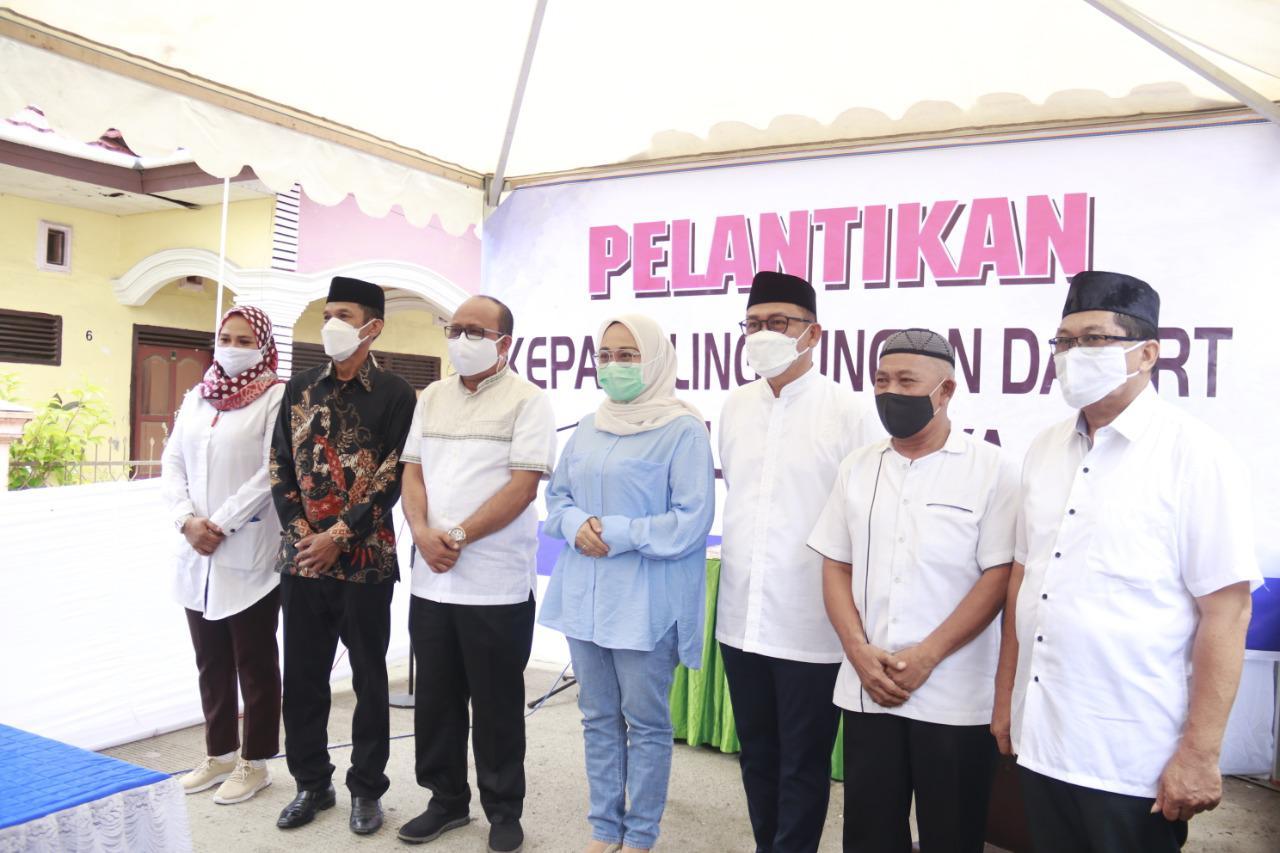 Pelantikan Kaling Galung Raya Dihadiri Bupati Dan Anggota DPR-RI