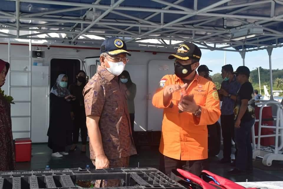 Gubernur Sulbar : Kapal Basarnas Harap Digunakan Sebaik Mungkin