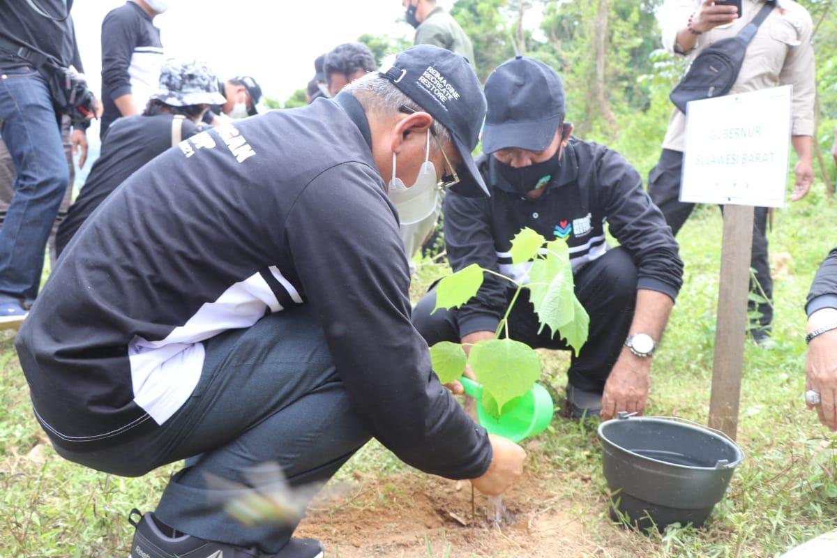 Gubernur Sulbar Tekankan Jaga Lingkungan