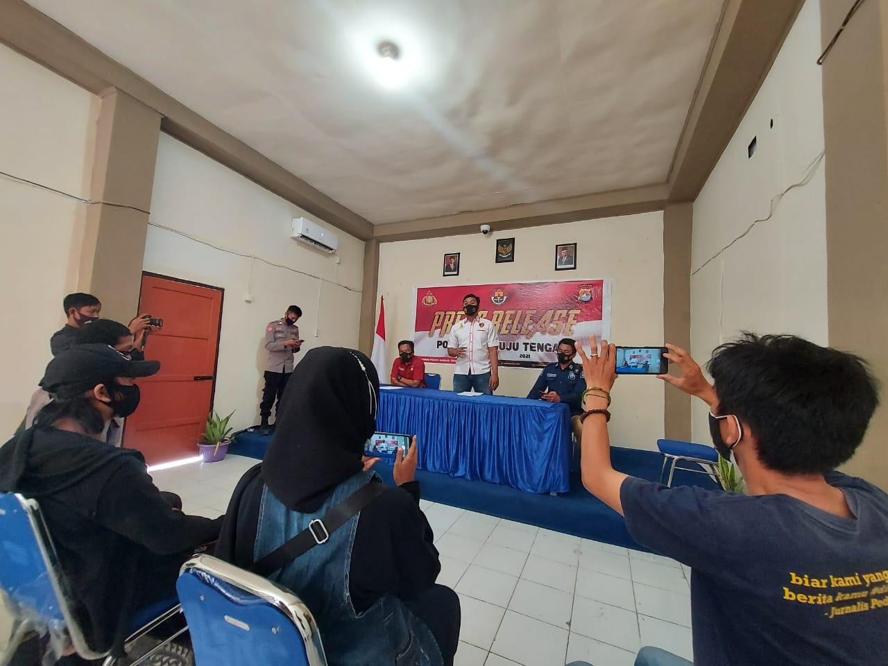 Agar Terjalin Sinergitas, Kasi Humas Polres Mateng Gelar Silaturahmi Dengan Puluhan Wartawan