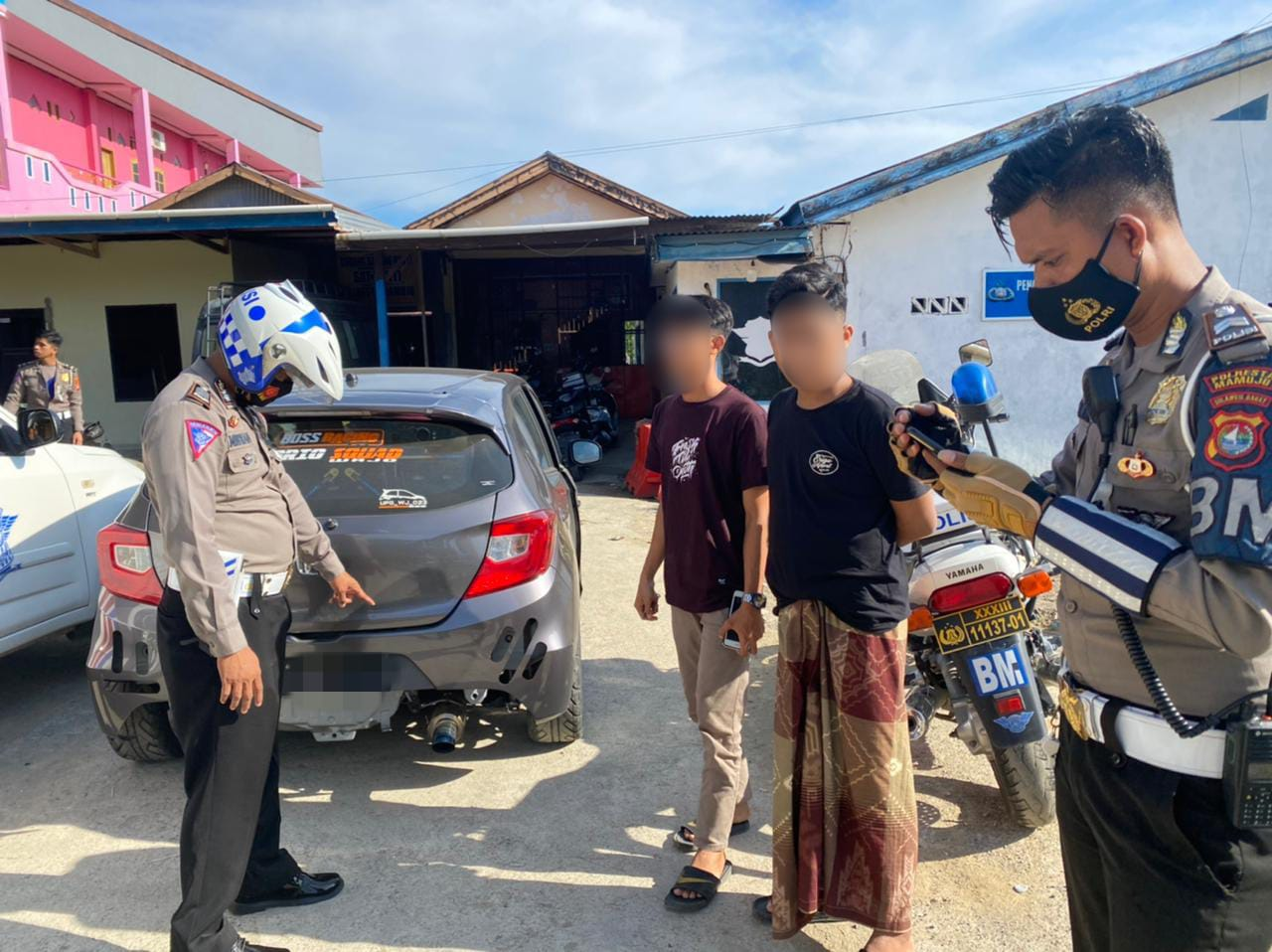 Lantas Polresta Mamuju Menyita Sejumlah Kenalpot Bising
