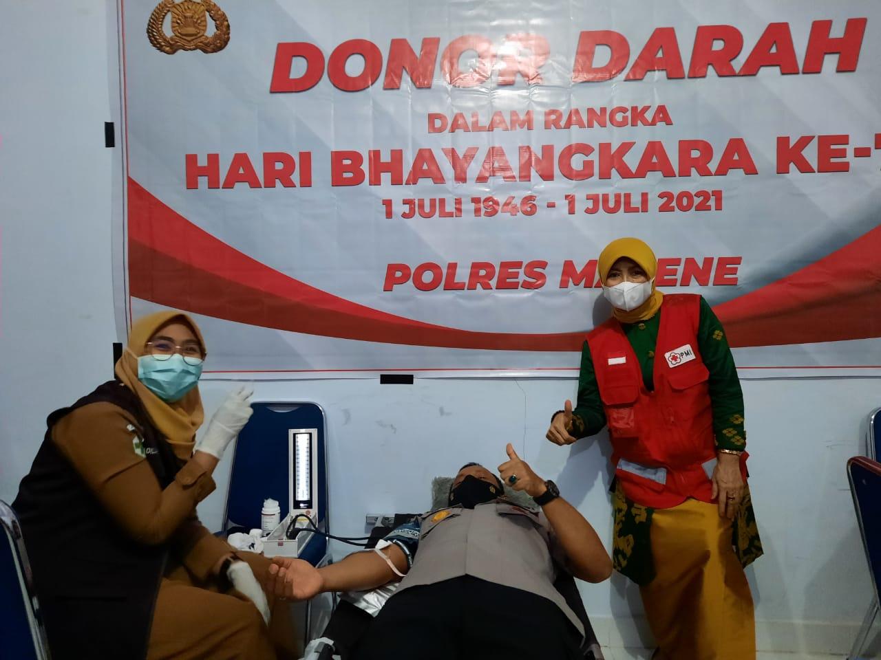 Sambut Hari Bhayangkara Ke-75 Polres Majene Gelar Donor Darah