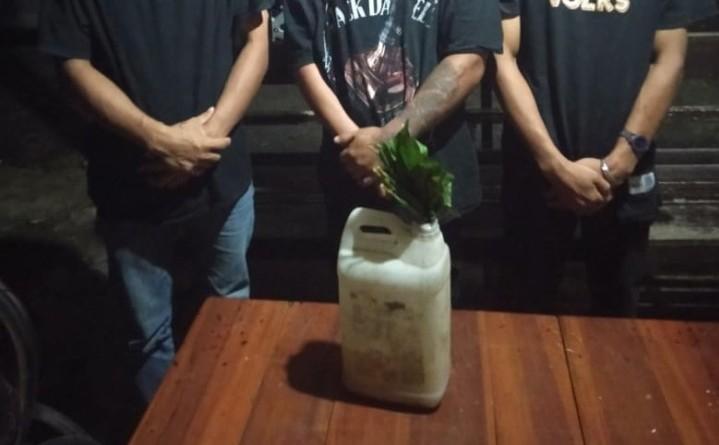 Sat Reskrim Polres Polman Ringkus Buronan Kasus Penganiayaan di Lokasi Pesta Miras.