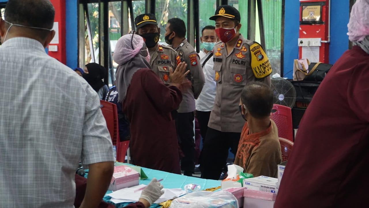 Serbuan Vaksinasi di Polres Polman Melampaui Target 315 Persen