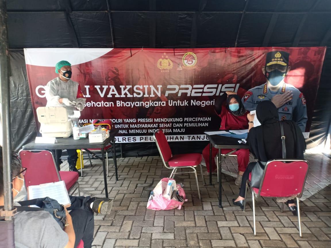 Polri Dirikan Gerai Vaksin Presisi di Polres-Polsek