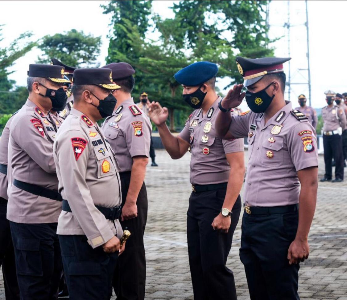 223 Personil Polda Sulbar Mendapat kenaikan Pangkat