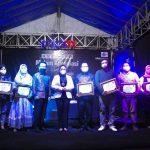 Tujuh Maestro Pencipta Kelong Mamuju Terima Penganugrahan Dari Bupati