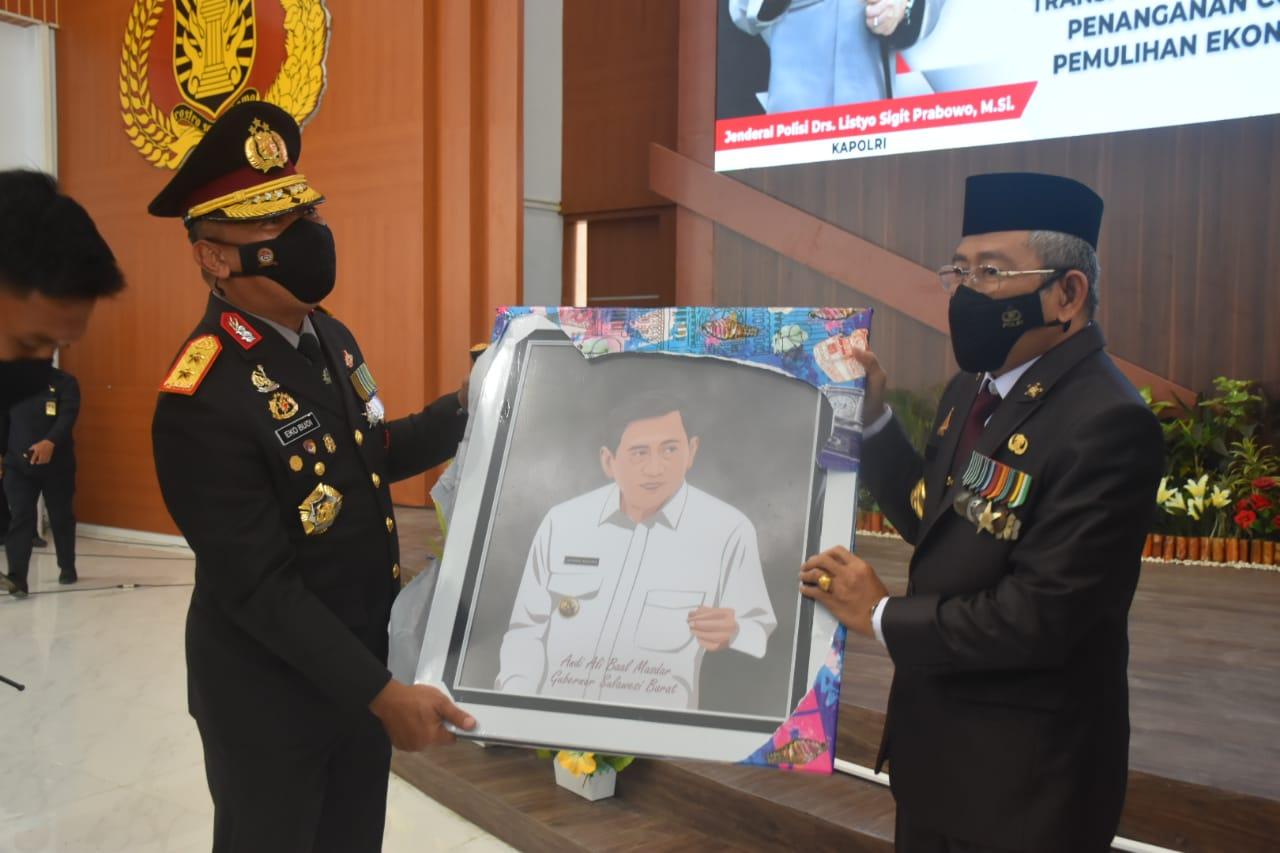 Gubernur Sulbar Harap Polda Sulbar Terus Berjaya Mengemban Tugas