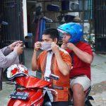 Operasi Yustisi, Polres Majene Kembali Bagikan Puluhan Masker Gratis