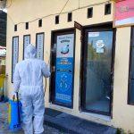 Sterilisasi Markas, Polres Majene Lakukan Penyemprotan Cairan Disinfektan