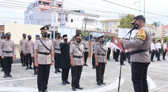 Kapolresta Pimpin Sertijab Kasat Binmas dan Kapolsek Tapalang