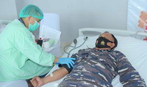 Memperingati HUT TNI ke-76 Lanud Sam Ratulangi Koordinir Donor Darah