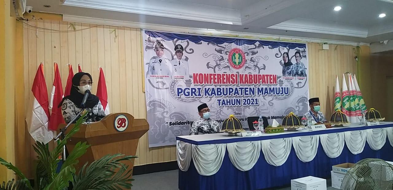 PGRI Mamuju Gelar Konferensi