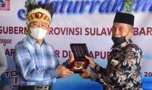 Gubernur Ali Baal Silaturahmi Warga Sulbar di Papua