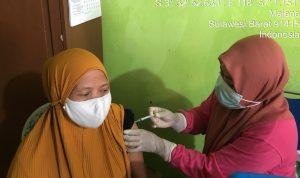 Gerai Vaksin Polres Majene Sasar Pasar Sentral dan Kelurahan Baru