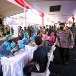 Gandeng PCNU Banyuwangi, Kapolri Kejar Target 70 Persen Vaksinasi Presiden Jokowi
