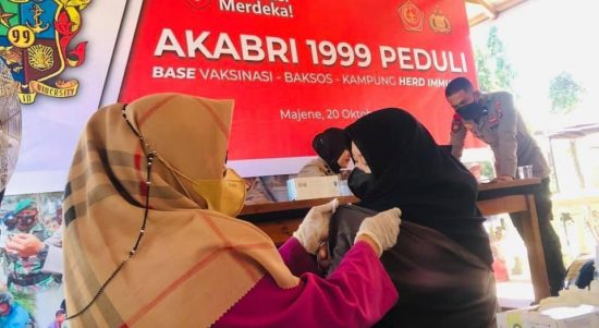 Alumni Akabri 99 gelar Baksos dan Vaksinasi Massal