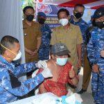 Serbuan Vaksinasi Diiringi Bantuan Sosial di Bitung Sulut